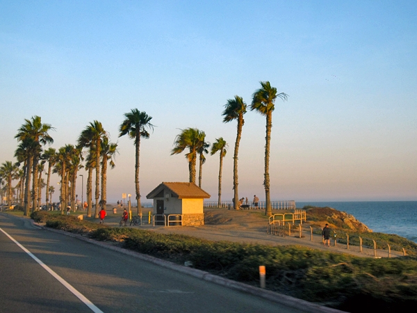 Kryssar söderut längs Pacific Coast Highway