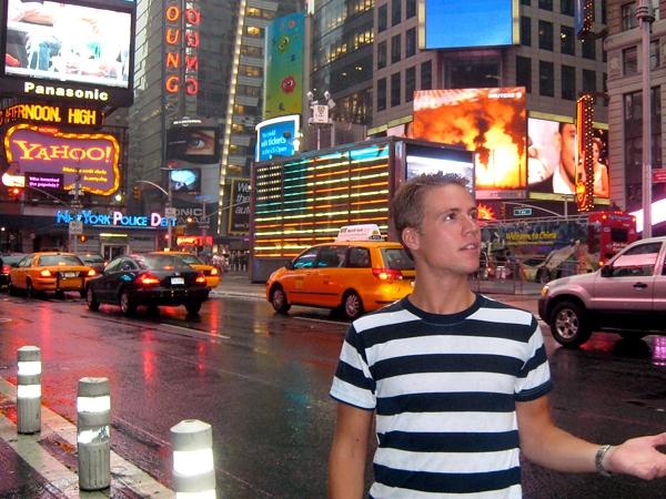 Regnar bort på Times Square