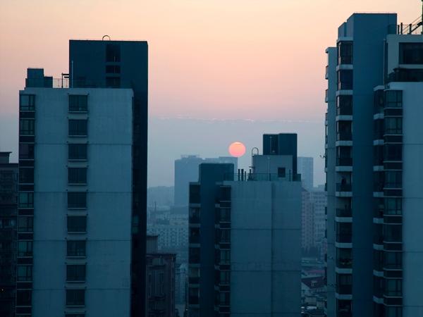 Solen går ner mitt på morgonen