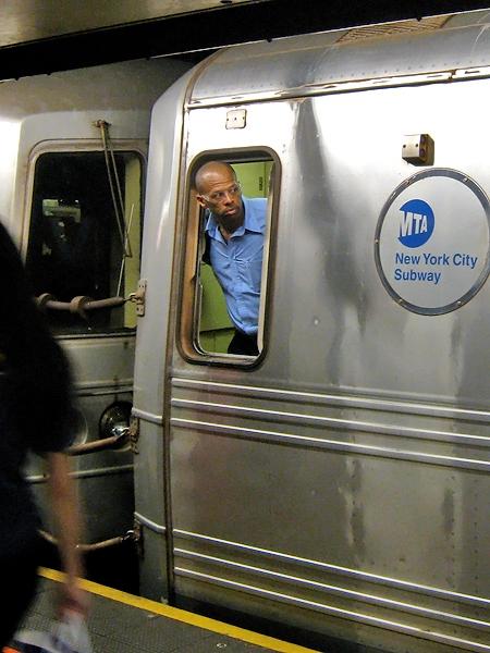 Tittut i subway