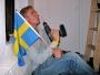 Borrar upp den svenska stolta fanan och får klargjort vilka regler som gäller i lägenheten.  Rules to obey: 1. Don't throw up on the carpet 2. No gay stuff 3. No fat chicks